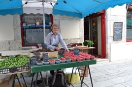 Outdoor Market vendor, rue Bannelier,Dijon