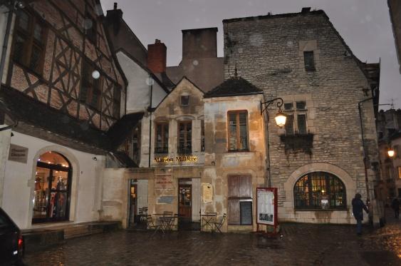 Maison Millière, Side, Dijon