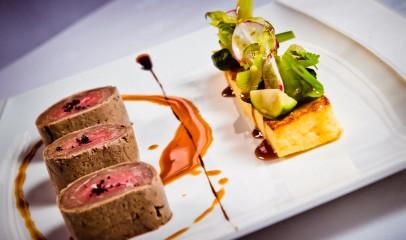 """Les Oenophilis,"" Dijon, France par http://www.hotelphilippelebon.com/en/restaurant"