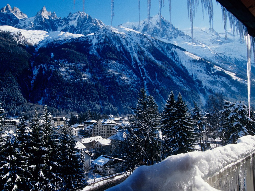Winter Holidays: Lake Annecy & skiing at Chamonix, Mont Blanc (3/6)