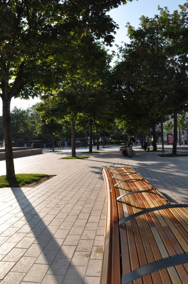 Benches, place de la Republic, Dijon