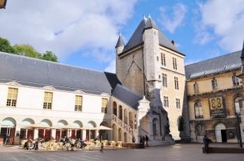 Art Museum, Coffeehouse, Dijon
