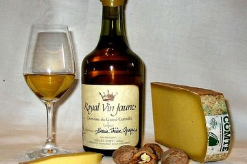 Vin Jaune/Yellow Wine, Cote du Jura, France par Arnaud 25