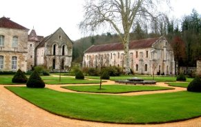 The Abbaye de Fontenay, Burgundy, France from http://www.burgundy-canal.com/
